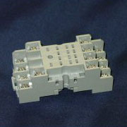 sy4s-05  14-blade mini socket for ry relays